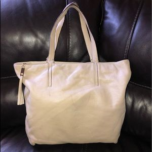 💖NEW LISTING💖 Kate Spade tote